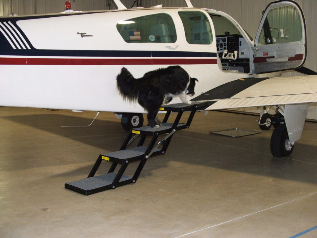 Pet Loader with Plane